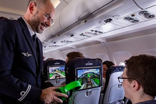 1ère Mondiale : Air France expérimente la technologie du LiFi (Light Fidelity)