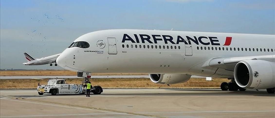 Air France poursuit l'électrification de ses engins de piste