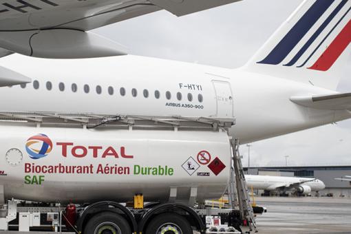 1er vol long courrier d'Air France au SAF français
